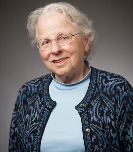 Alice Colby-Hall, professeur de littérature française, a obtenu son doctorat de l'Université de Columbia et, bien qu'officiellement à la retraite, continue à donner des cours sur la littérature médiévale française et à diriger des recherches dans ce domaine.